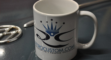 RETRO CUSTOM MUGS